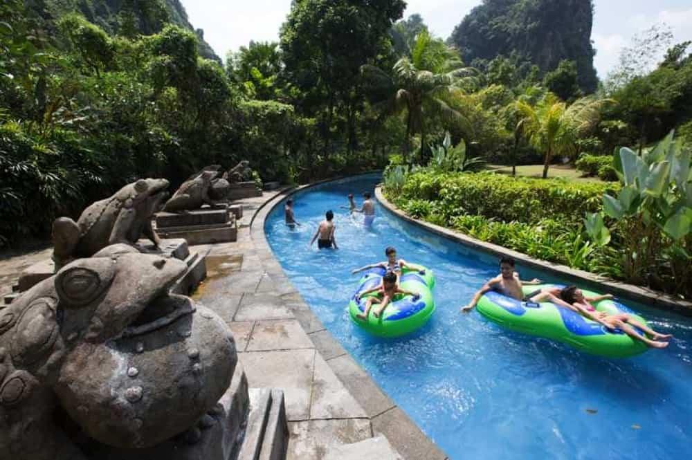 Taman Tema Air di Perak